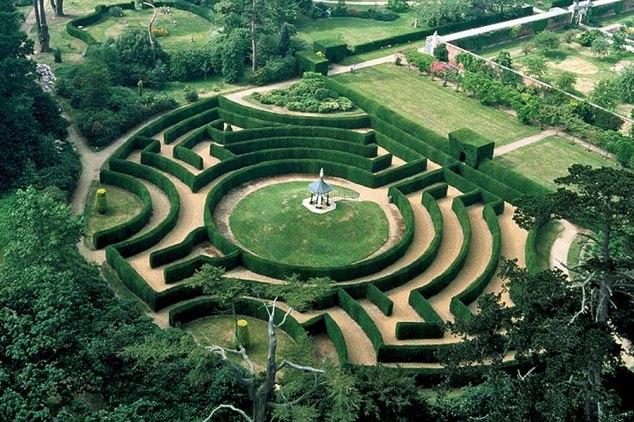 somerleyton_maze