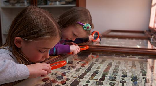 magnifying-glasses-at-swiss-cottage Osborne House copyright English Heritage